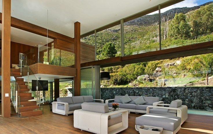 The Spa House | Hout Bay  http://www.capetownvillas.net/hout-bay/the-spa-house