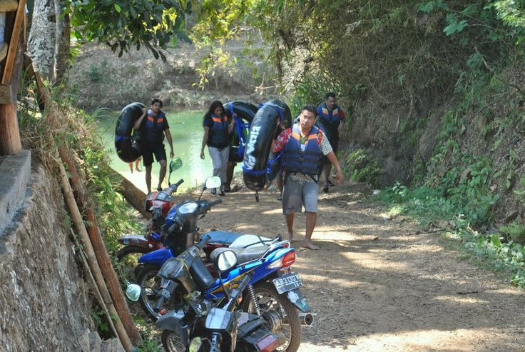 Jogja Java Transport | Yogyakarta @Rental Mobil Jogja Murah Cahyatransport, Travel dan Tour: Jogja / Yogyakarta Driver Speak English