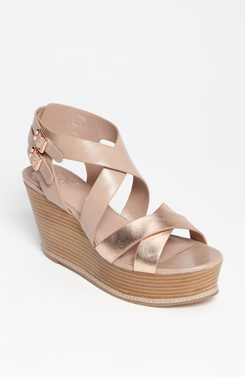 Vince Camuto 'Giada' Sandal: Gold Wedges, Vince Camuto, Shoes Fit, Roses Gold, Shoes Bags, Clothing Shoes, Favorit Shoes, Current Obsess, Rose Gold