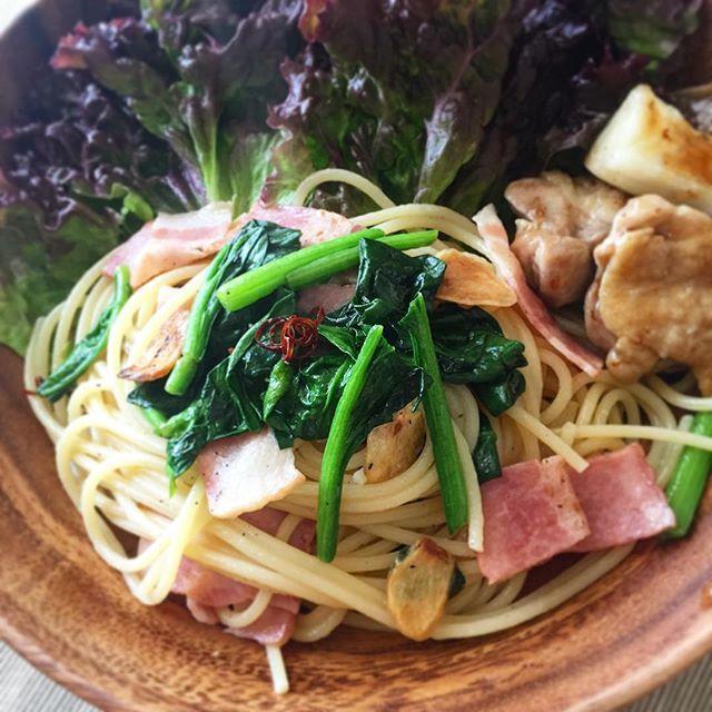 ______leo.na______今日のお昼ごはん ベーコンとほうれん草のペペロンチーノ  #ワンプレート一覧______leona______ 。 。 。 。 #一人暮らし #一人暮らしごはん #自炊 #food #Instafood #cooking #yum #yummy #lunch #お昼ごはん #昼ごはん #ランチ #昼食 #ワンプレート #カフェ #カフェごはん #おうちカフェ #無印 #おうちごはん #パスタ #ペペロンチーノ #スパゲティ