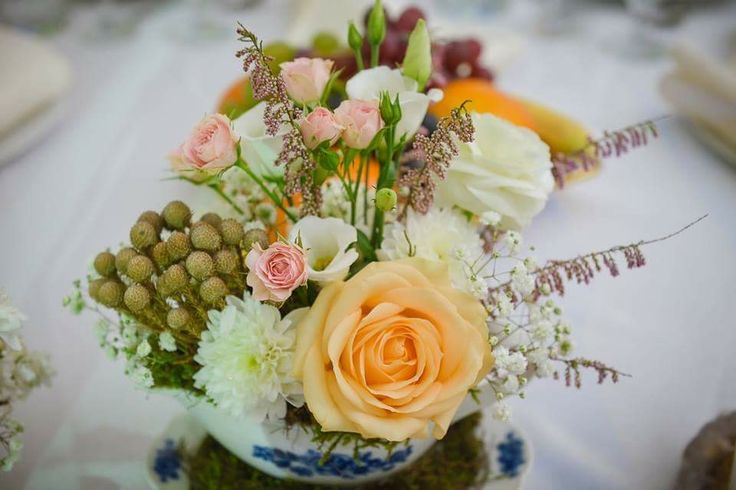 Shabby vintage wedding; teacup flowers centerpiece by Atelier Floristic Aleksandra