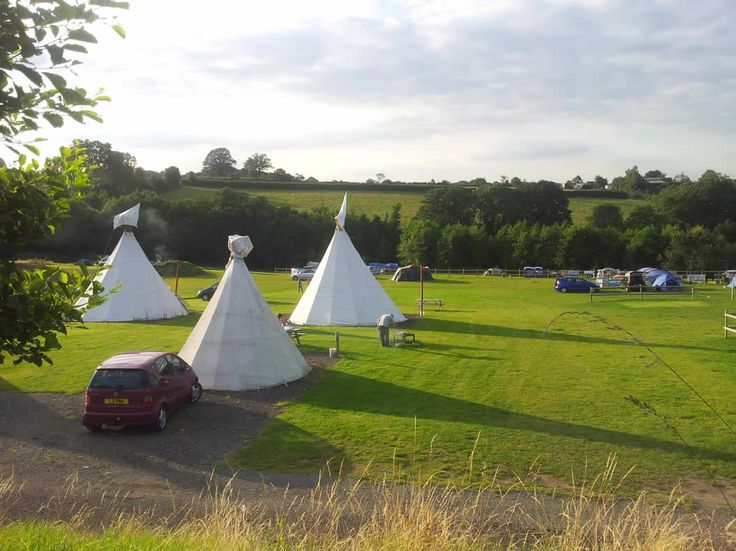 Hopleys Camping and Caravan Park, Bewdley, Worcestershire, England. Cycling. Holiday. Travel. Glamping. Fishing. Camping. Campsite. Pizza.