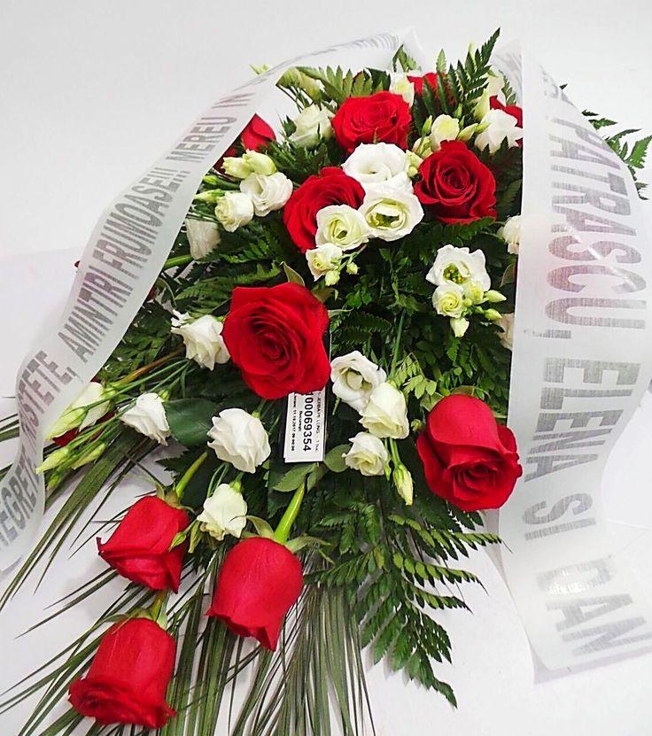 Mesaje funerare, mesaje panglica funerara, mesaje coroane funerare - afla din ghidul nostru simplu cum scrii un mesaj pentru panglica funerara atasata florilor trimise familiei indurerate: http://coroane-jerbe-funerare.ro/mesaje-funerare-cum-scriem-un-mesaj-funerar/