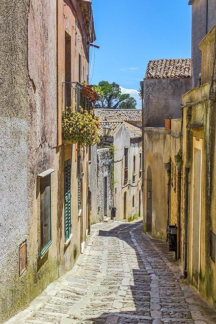 #Sicily #Medieval village at #Erice #Trapani www.bebtrapanigranveliero.it