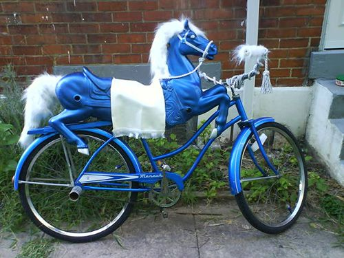 Carriepie made this cool carousel horse bicycle for Burning Man. Such a great idea!