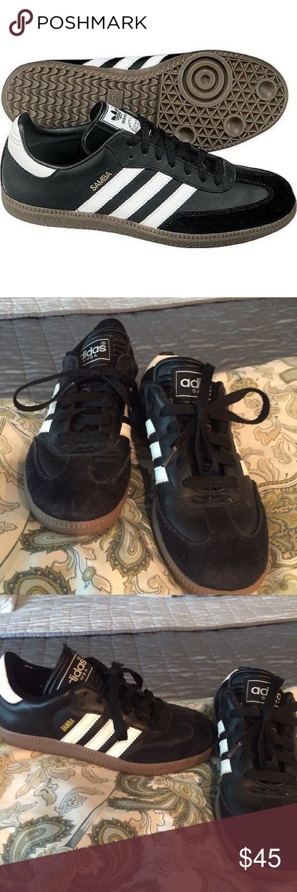 🎉SOLD🎉ADIDAS Samba Shoes Adidas' legendary shoe made with a smooth leather upper, suede toe cap, synthetic lining, contrast 3-striples and heel tab, and pivot-point gun rubber outsole. In great condition, feel free to make an offer Adidas Shoes Sneakers