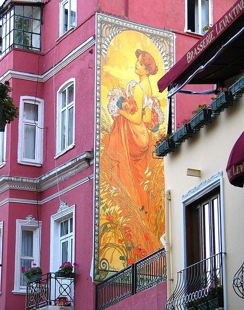 Cezayir Sokagi, (French Street) in Istanbul