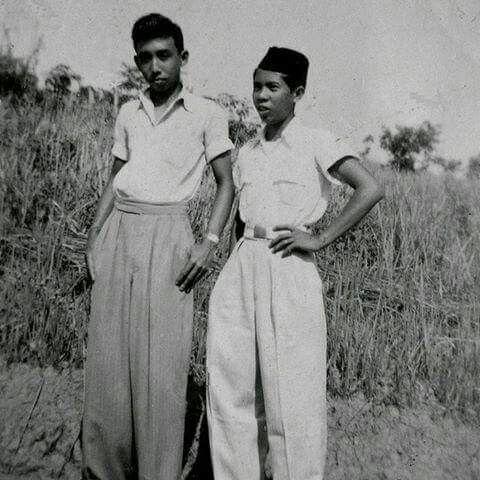 ABG th 1950an, dengan mode Celana rempelan