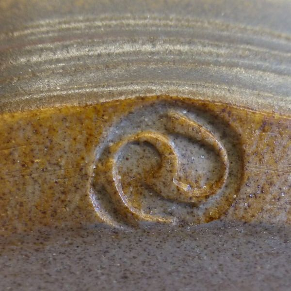 https://flic.kr/p/H7FKdX   Ralph Jeffress pottery mark. Australian Studio Pottery