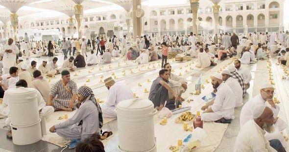 اعتماد آلية جديدة لتنظيم سفرة الإفطار في المسجد النبوي خلال شهر رمضان أوضح رئيس مجلس إدارة رواد كشافة منطقة المدينة المدينة المنورة Dolores Park Park Travel