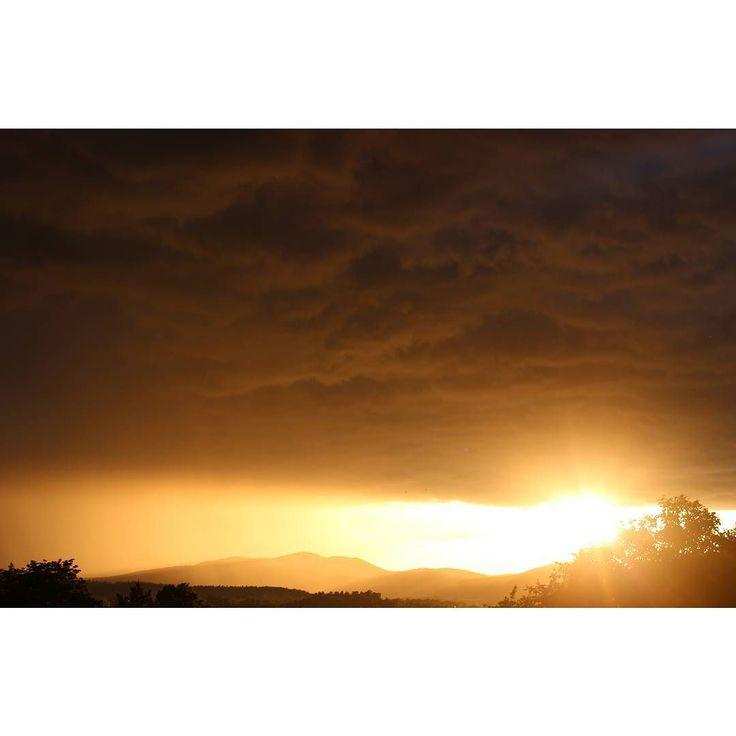 #sky #today #cloudy #storm #iscoming #dark #sunset #orange #soartistic #nature #view #fromwindow #poland #wałbrzych