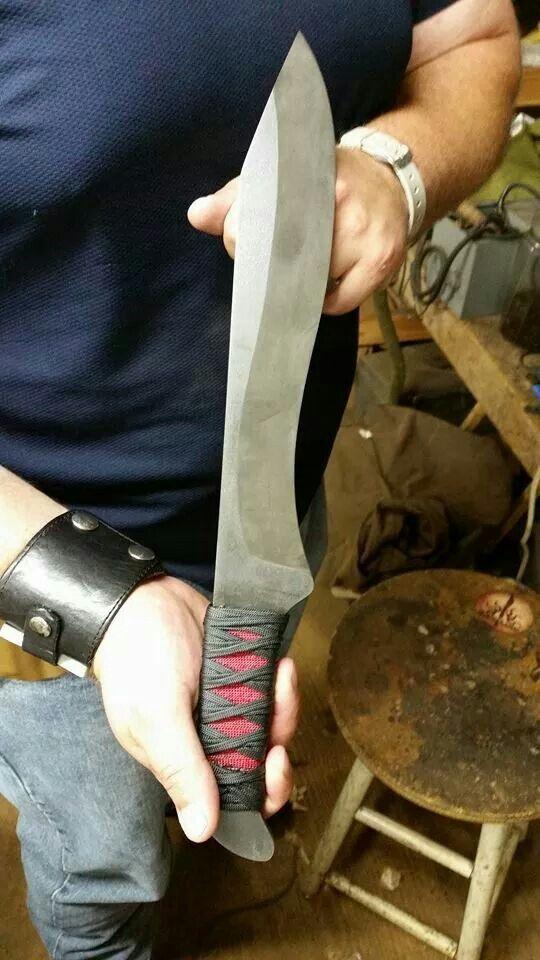 Artificum Solis Blade Works S.E.R.E. custom field knife.
