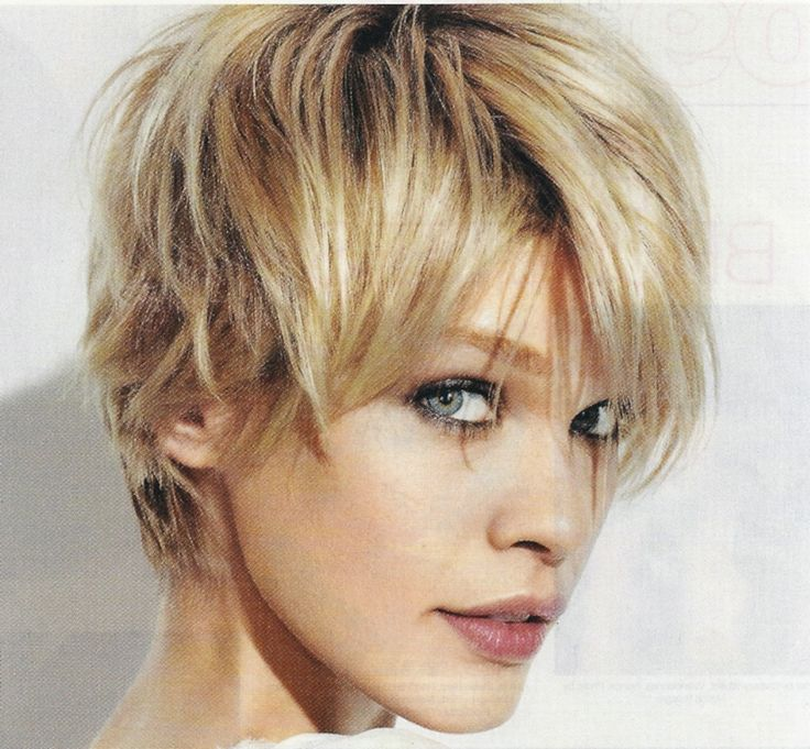 Trendy and Beautiful Short Women's Hairstyles : Simple Hairstyle Ideas For Women and Man