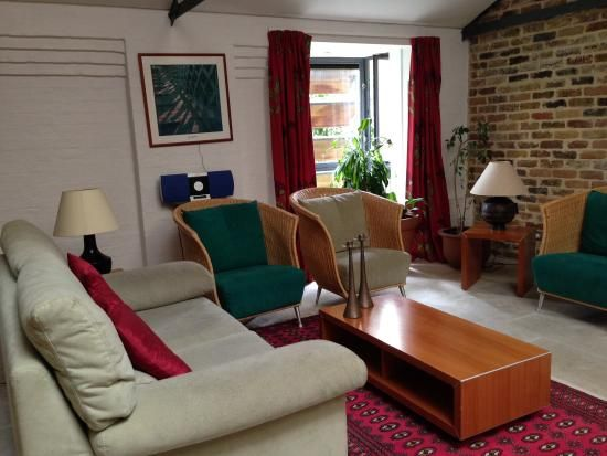 Living room - Picture of Odessa Wharf, London - TripAdvisor
