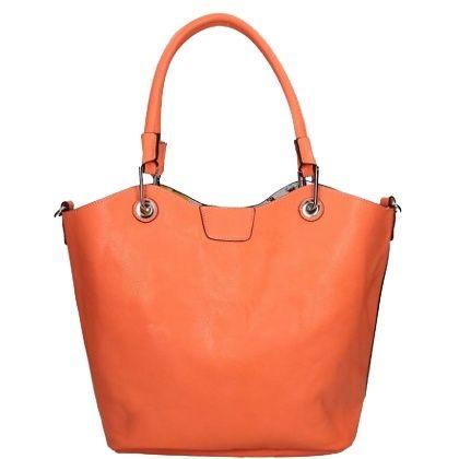 Maak jouw outfit compleet met deze leuke oranje tas! Shop hier vanaf: € 34,95