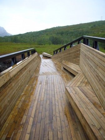 lillefjord rest area & footbridge by pushak in norway