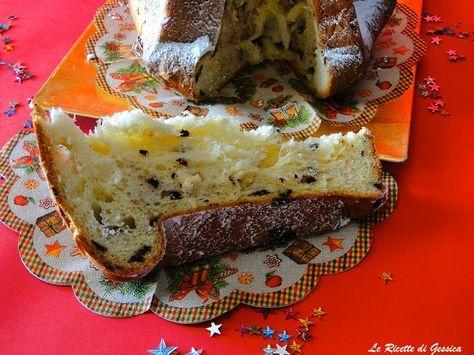 Ricetta per preparare in casa il Pandoro con gocce di cioccolato. Ricetta con il Bimby. Sfogliato sorelle Simili.classico pandoro.