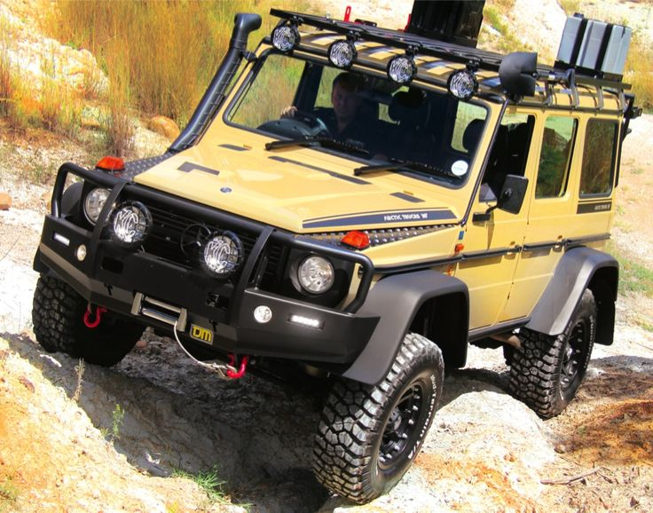 Gary Swemmer of Arctic Trucks SA and TJM has completed work on a massive 35-inch conversion for the Mercedes-Benz G300 Professional, and the results are pr
