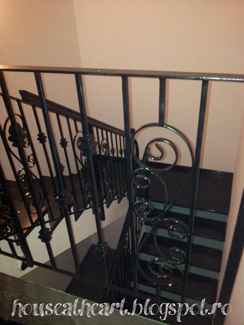 Annie Sloan Chalk Paint stair risers- diy