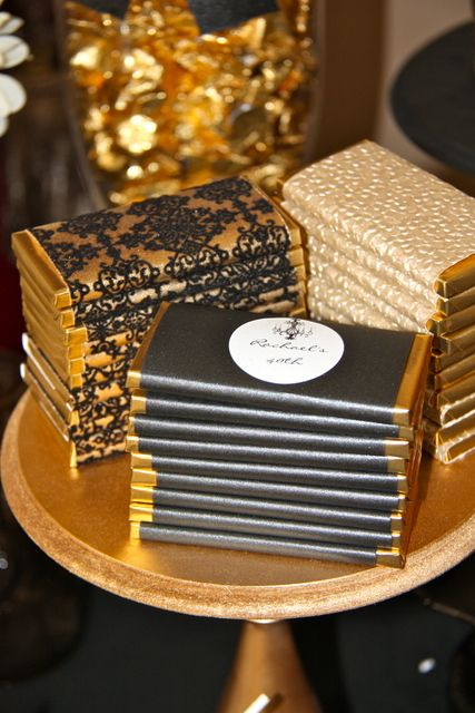 This reminds me of charlie & the chocolate factory! Why not make your own customized chocolate bars with wedding logos! Oh i can't wait to do this.. and taste test.. only a few ;-)
