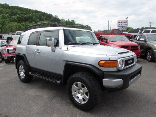 2007 Toyota FJ CRUISER $14900 http://www.knoxdrives.com/inventory/view/9196754