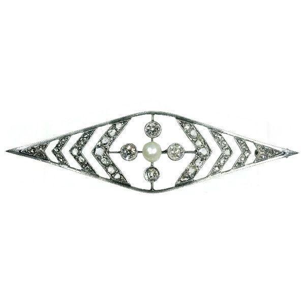 Online veilinghuis Catawiki: Prachtige vintage diamanten broche met een parel in het midden - anno 1930