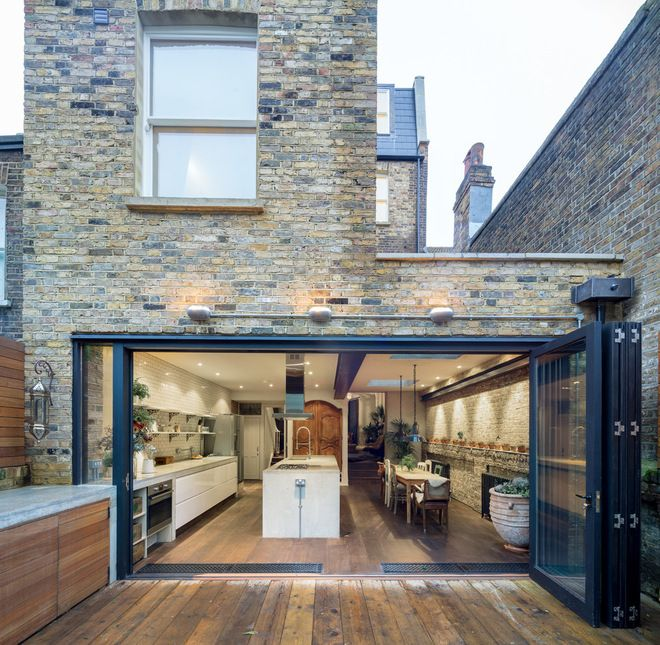 Amazing rear extension, love the flush flooring running straight outside and the extended outdoor kitchen counter. www.methodstudio.london