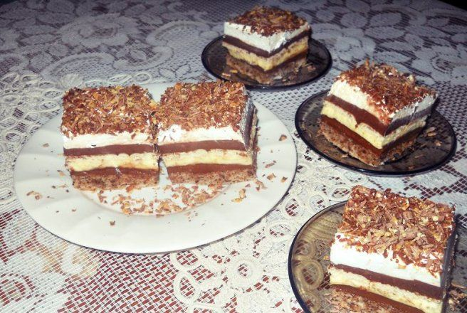Retete Culinare - Prajitura Kinder Bueno