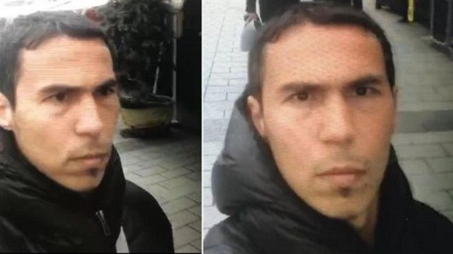 Τουρκικά ΜΜΕ: Ο μακελάρης του Ρέινα είναι στα ελληνικά νησιά: 'Άφαντος παραμένει ο μακελάρης του κλαμπ Ρέινα στην Κωνσταντινούπολη. Οι…