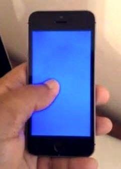 #apple #iphone #maviekran #bluescreen Mavi Ekran Hatası Şimdide iOS 8.1 ve iOS 8.3 'de! ios81 #ios83 # iphone