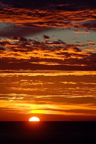 Lever de soleil à Percé - Québec - Canada
