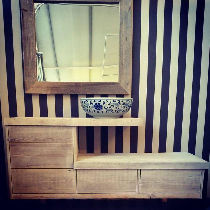 Bad og speil i drivved