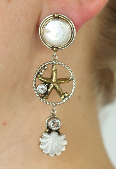 mars valentine white pearl post dangle earrings - Mars And Valentine
