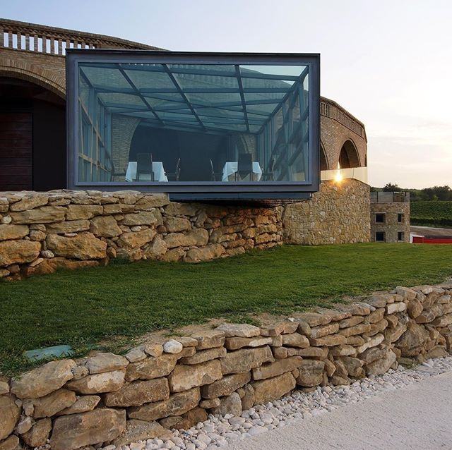 DI SIPIO WINERY by ROCCO VALENTINI ARCHITECTURE