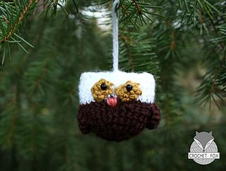 This is owly – the owl with green eyes! The owl is very easy and fast to crochet. You can use it as keychain, pendant or you can give it as a present to friends and family! :) You can download the free pattern on ravelry