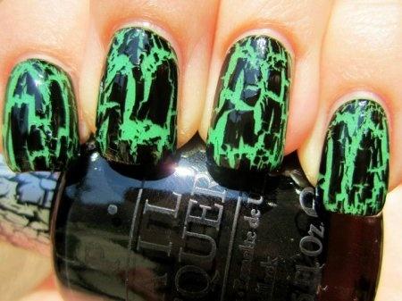 Halloween!Black Crackle, Crackle Nails, Halloween Costumes, Neon Green, Halloween Nails Art, Nails Ideas, Nails Polish, Glow, Chic Nails
