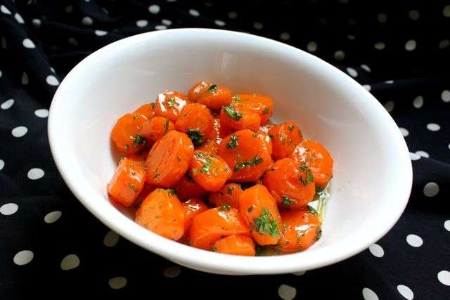 Glazed CarrotsSide Dishes, Jewish Holiday, Glaze Carrots, Roshe Hashanah, Tangy Side, Jewish Cuisine, Jewely Wanna, Wanna Eating, Jewish Recipe