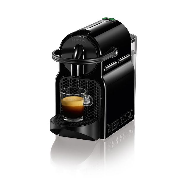 The Nespresso Inissia in black is a smart little coffee machine to make your life easier.  It has a tiny footprint, is compact in design and is very lightweight. Designed with an ergonomic handle, this Nespresso Inissia coffee machine will fit perfectly into any kitchen design.