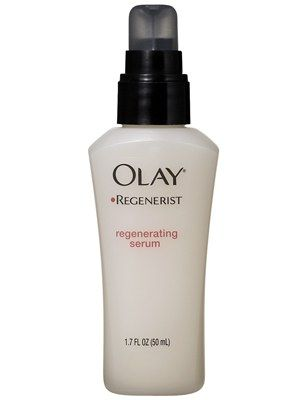 This clear gel rejuvenates the upper layers of the skin.
