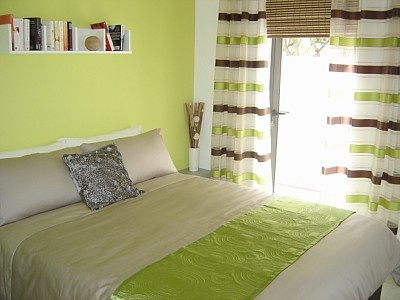 small spare room idea surround yourself with things you love