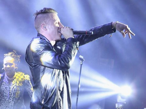 Macklemore and Ryan Lewis performing at The Grammy Awards 2014: 34 Couples to Tie the Knot on Stage