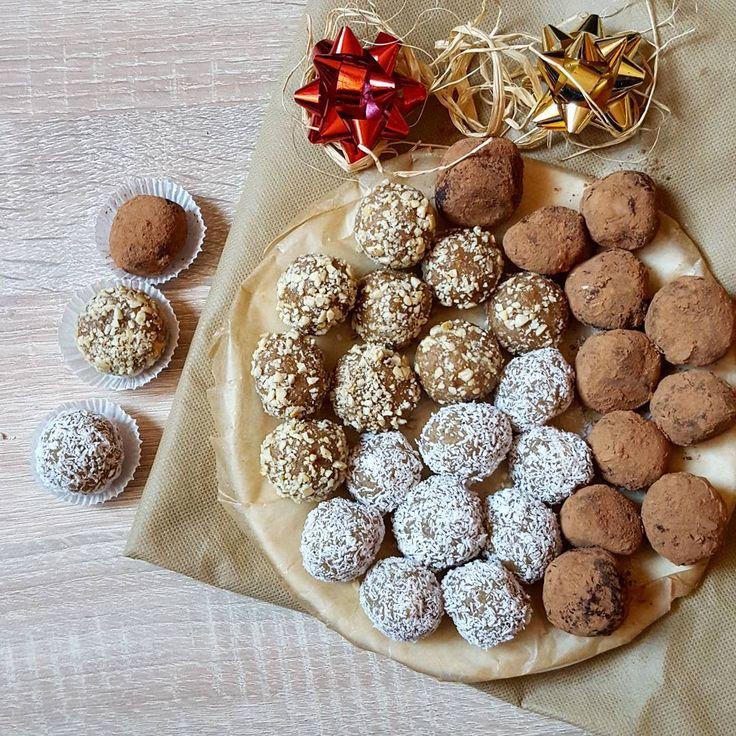 Słodki i autorski pomysł na prezent już na stronie www.betterslow.pl ☺ #homemade #sweets #food #pralines  #yummy #słodkie #pyszne #orzechy #migdały #czekolada