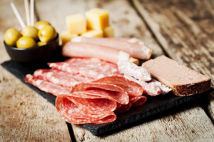 フランスの定番!歴史と伝統の料理シャルキュトリーとは ...