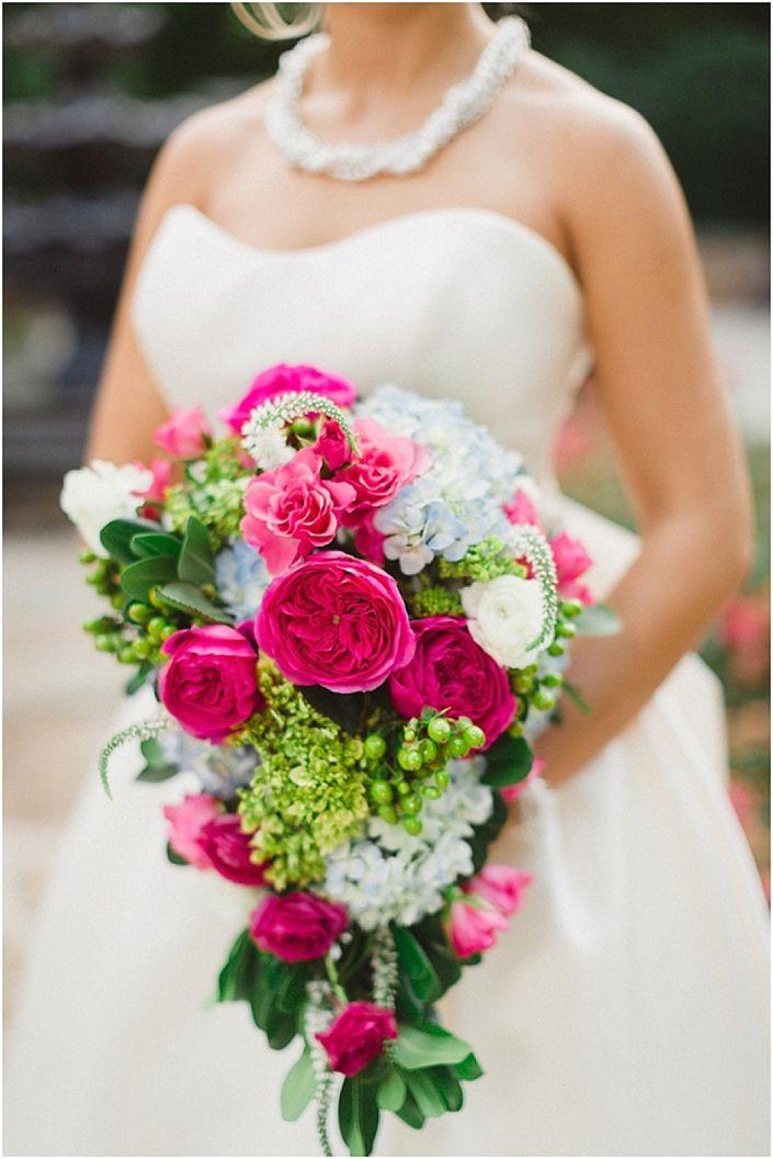 25 Spring Wedding Bouquets