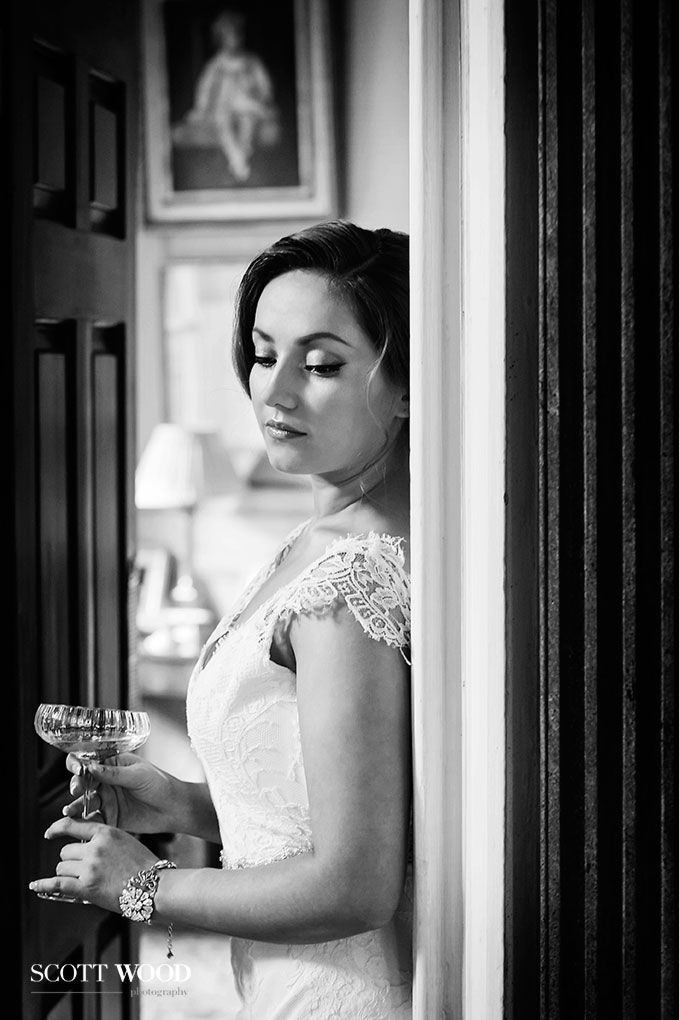 Elegant 20's inspired make-up and hair. Image by Kevin at Scott-Wood Photography.