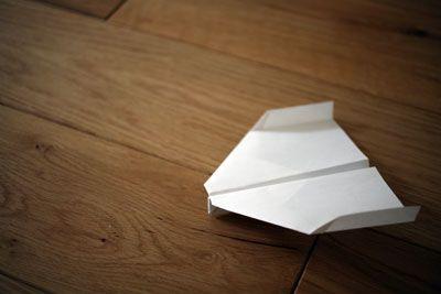 よく飛ぶ紙飛行機