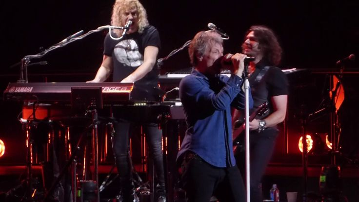 """Raise Your Hands"" Bon Jovi@Wells Fargo Center Philadelphia 3/31/17"