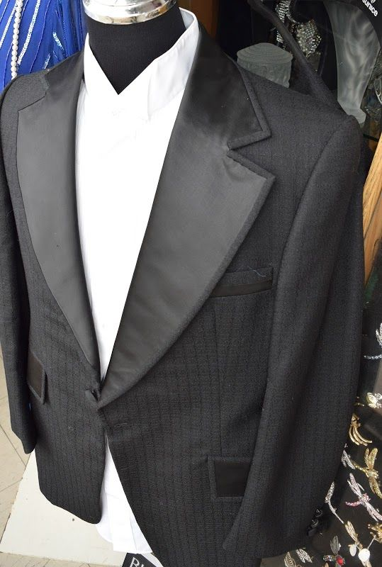 Vintage tuxedo available @ #reflections_vintage_toronto #mensfashion #vintagetoronto #vintagetuxedo #tuxedo #vintage