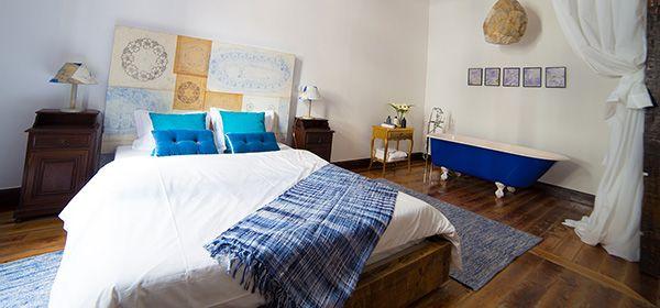 Madeira Embroidery Suite - Boutique Hostel Santa Maria Funchal, Madeira Island