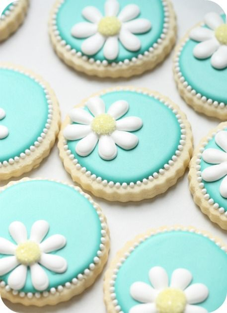 Daisy Cookies-How to Decorate Sugar CookiesCookies How, Cookies Ideas, Sugar Cookies, Jars Candles, Birthday Parties, Flower Cookies, Daisies Cookies, Decor Cookies, Mason Jars